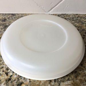 Tupperware beige/off white round divided server